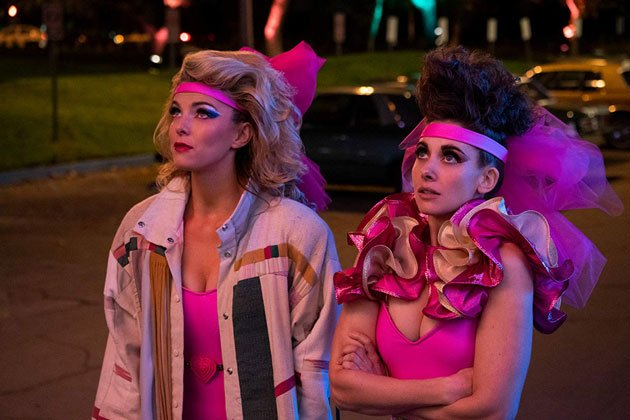 Glow season 3 announcement trailer with premiere date and new images