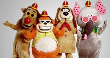 The Banana Splits movie trailer here for back to bloody program