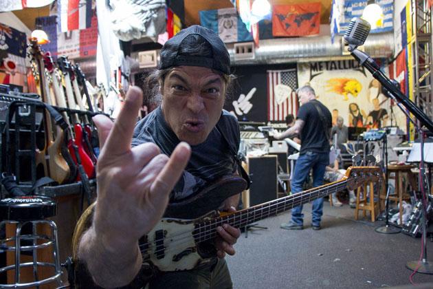 "Metallica bassist Rob Trujillo: ""I'm not like past members"""