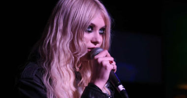 Taylor Momsen interview for 'Death By Rock And Roll' album delays