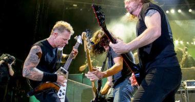METALLICA shares 'Big Four' concert at Yankee Stadium in 2011