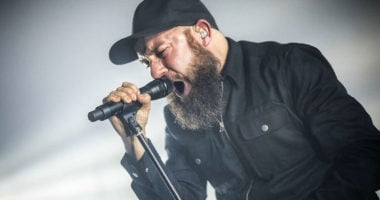"IN FLAMES Frontman Andres: ""I don't think there's gonna be festivals in 2021"""