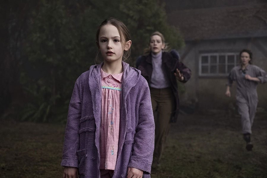 The Haunting of Bly Manor Coming to Netflix in October 2020
