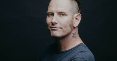 "SLIPKNOT Frontman Corey Taylor: ""Worst money I ever spent"""