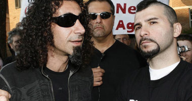 SOAD's Serj Tankian Recalls Dolmayan's Trump Support is Frustrating