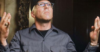 "TOOL Frontman Maynard James Keenan: ""My lungs are still damaged"""