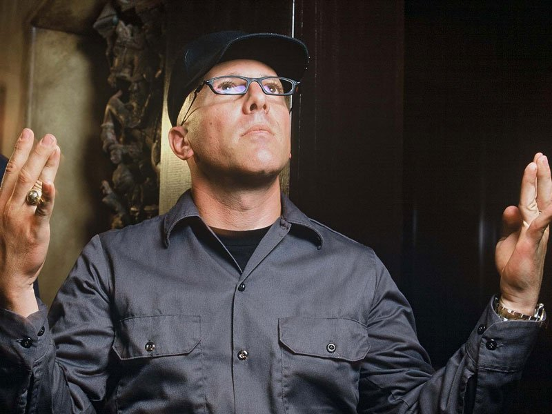 "TOOL Frontman Maynard James Keenan: ""My lungs are still damaged"""