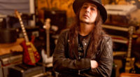 """SYSTEM OF A DOWN's Guitarist Daron Malakian on New Album: """"It's a Shame"""""""