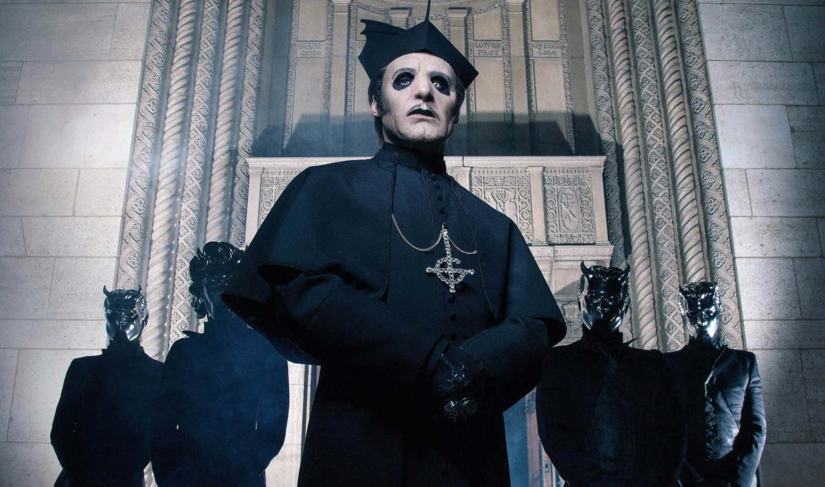 "GHOST Frontman Tobias Forge Says on His Health Problem: ""There's nothing I can do with it"""