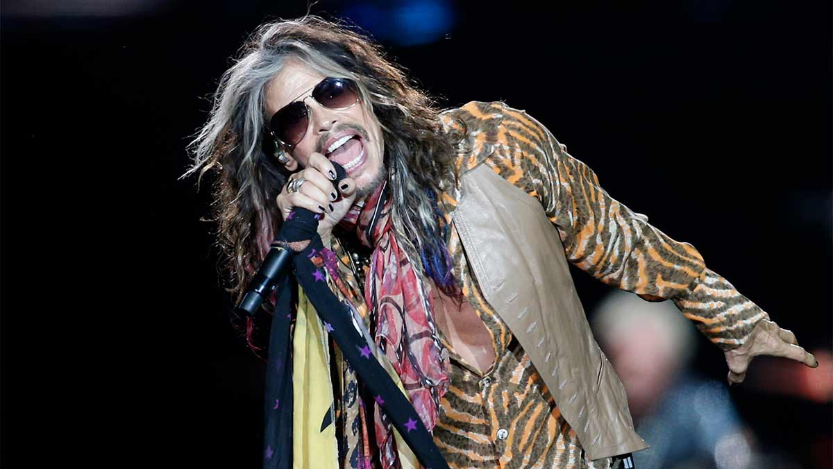 Steven Tyler Net Worth, Life, Cars and Mansions