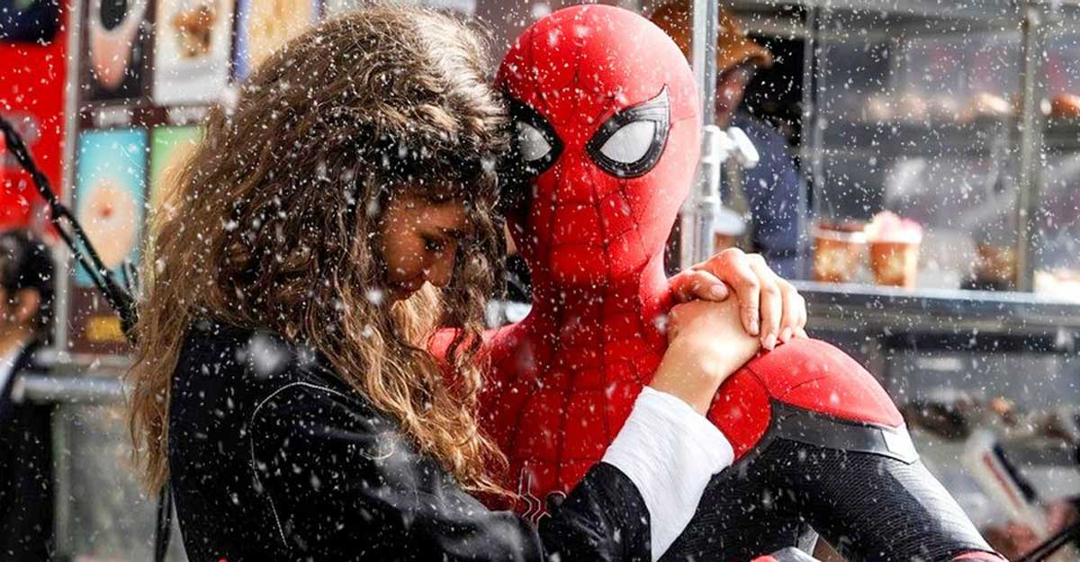 Spider-Man 3 Releases New Set Photos Shows Zendaya and Tom Holland's Romantic Moment
