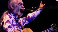 YES Guitarist Steve Howe Recalls Chuck Berry as His ''Rock God''