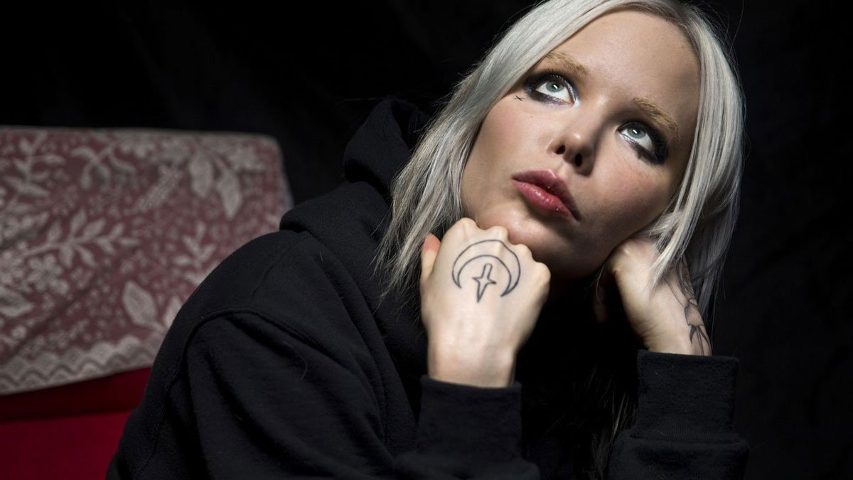 Alice Glass Releases New Video for Song 'Suffer and Swallow' and Lyrics