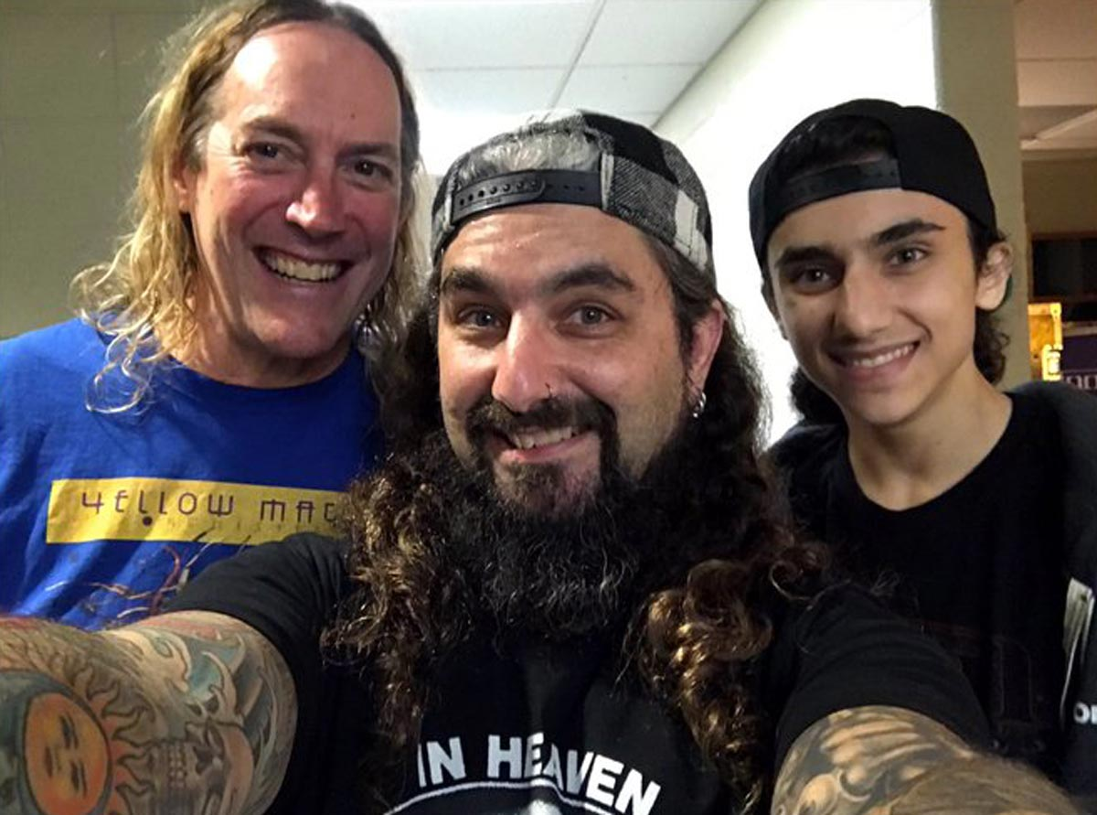 Mike Portnoy Speaks on TOOL's Danny Carey Drum Performance and SLAYER Albums