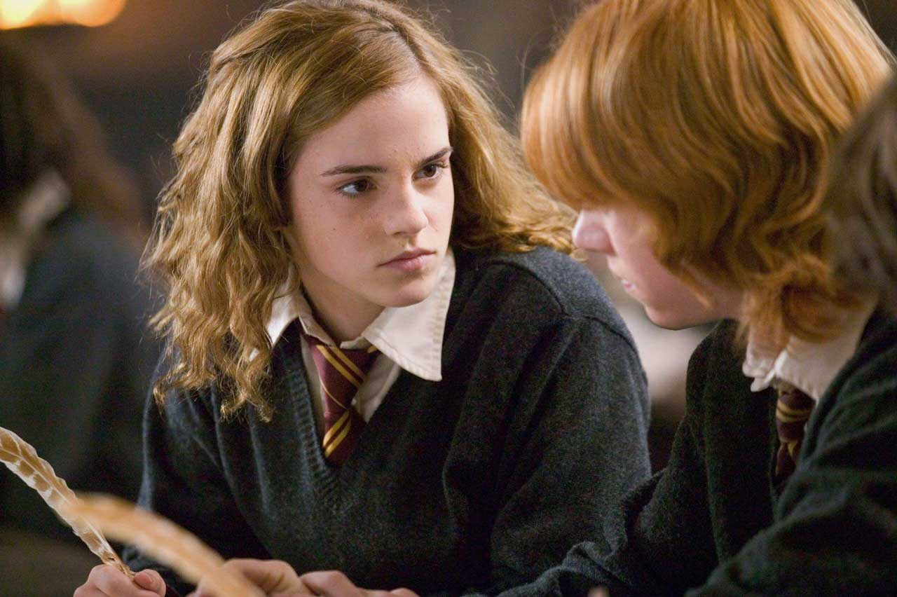 Emma Watson Comes Back To Wizarding Again