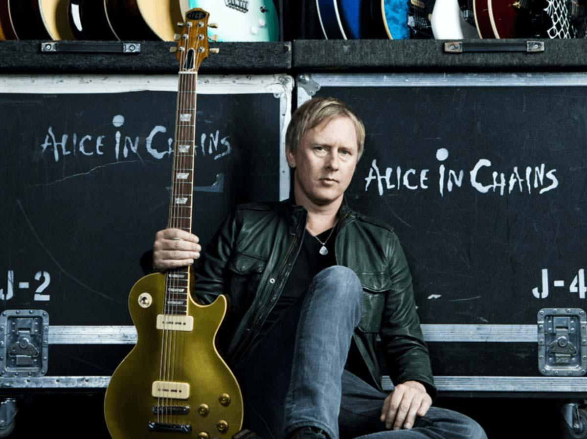 Alice in Chains guitarist Jerry Cantrell done with the work for his solo album
