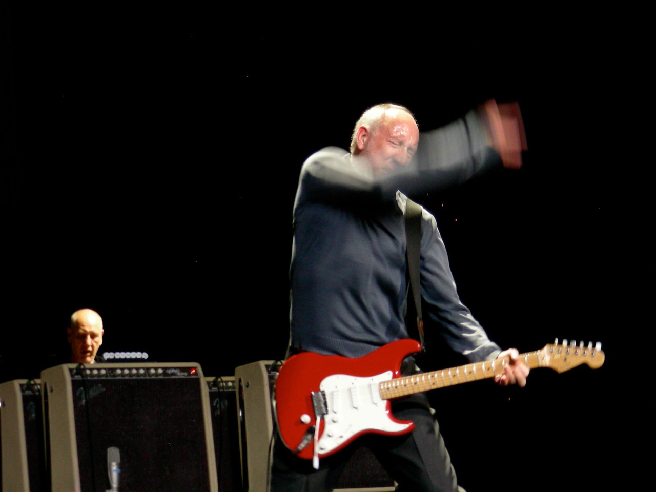 """The Who guitarist Pete Townshend: """"The Beatles copied us!"""""""