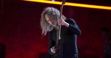 Kirk Hammett collecting new sounds for the new Metallica album