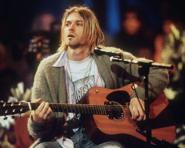 The 10 Best Grunge Bands of the 90s