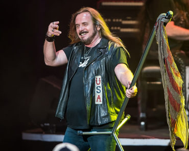 10 Things You Didn't Know Johnny Van Zant