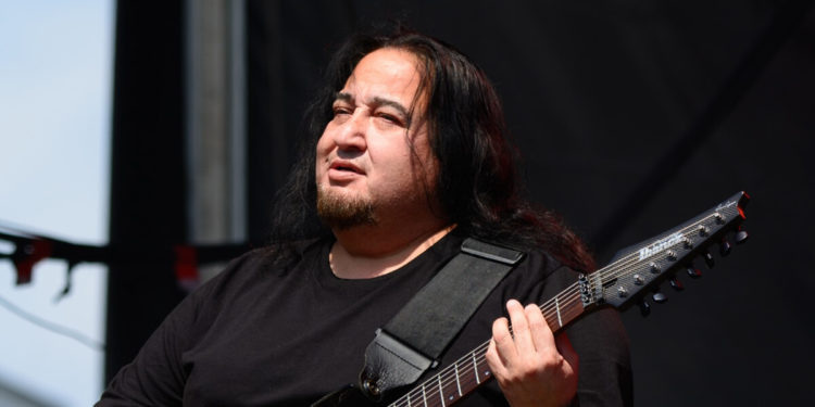 """Fear Factory guitarist Dino Cazares: """"Why can't Metallica do more of that?"""""""