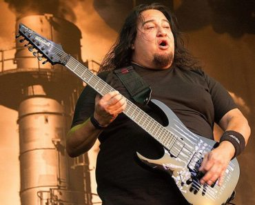 "Fear Factory Releases A New Single ""Fuel Injected Suicide Machine"""