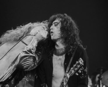 The Top 10 Led Zeppelin Songs of All-Time