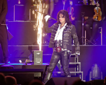 10 Artists Who Were Pioneers of Glam Metal