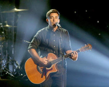The 10 Best Phil Wickham Songs of All-Time