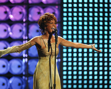The 10 Best Whitney Houston Songs of All-Time