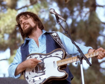 The 10 Best Waylon Jennings Songs of All-Time