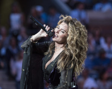 The 10 Best Shania Twain Songs of All-Time