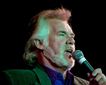 The 10 Best Kenny Rogers Songs of All-Time