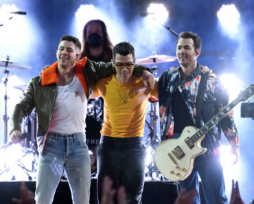 The 10 Best Jonas Brothers Songs of All-Time