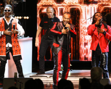 The 10 Best Earth Wind and Fire Songs of All-Time
