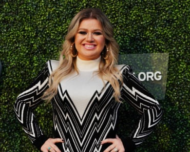 The 10 Best Kelly Clarkson Songs of All-Time